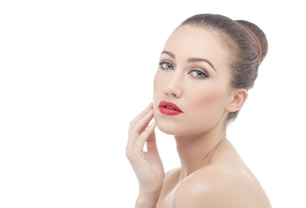 Facelifting zögert den natürlichen Alterungsprozess hinaus